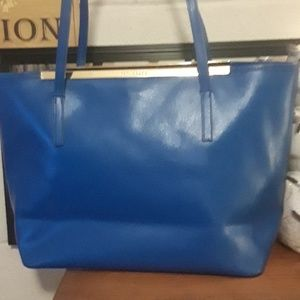 LEATHER TOTE OR  PURSE